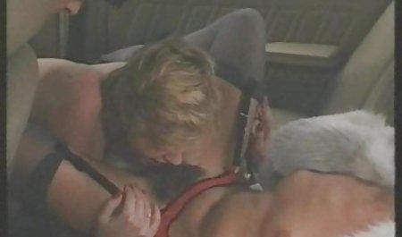 Стару суку верхи на красиве порно на ліжка молодий член