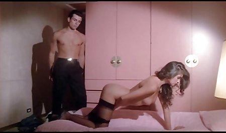 Так дівчатка Ліза красиве домашнє порно онлайн кліп.