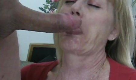 Гаряча дивитися онлайн порно красиве домогосподарка