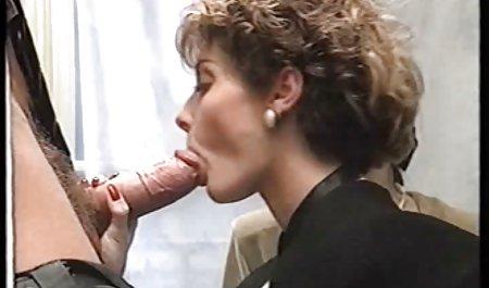 Розпусна дівчина як людина гарне українське порно